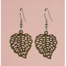 Bass leaf earring