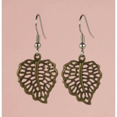 Bass leaf earring